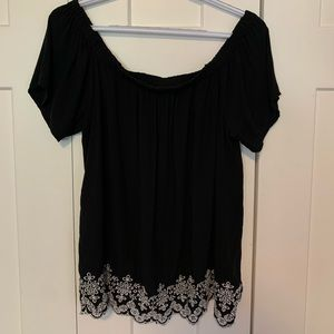 Off the shoulders flowy top